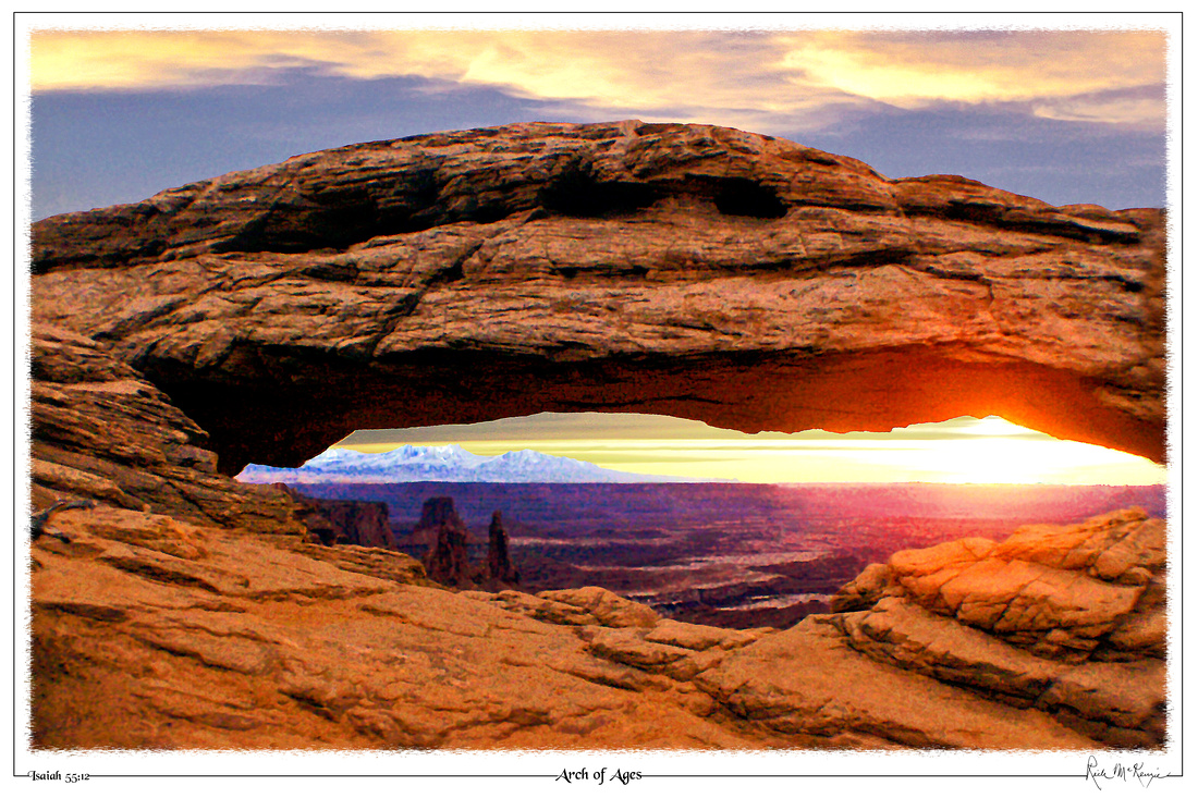 Arch of Ages-Mesa Arch, Canyonlands Nat'l Pk, UT
